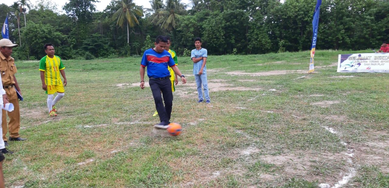 Buka Turnamen Ikmatri Cup I, Camat Tikep : Awal Dari Pencarian Bibit Atlet Futsal