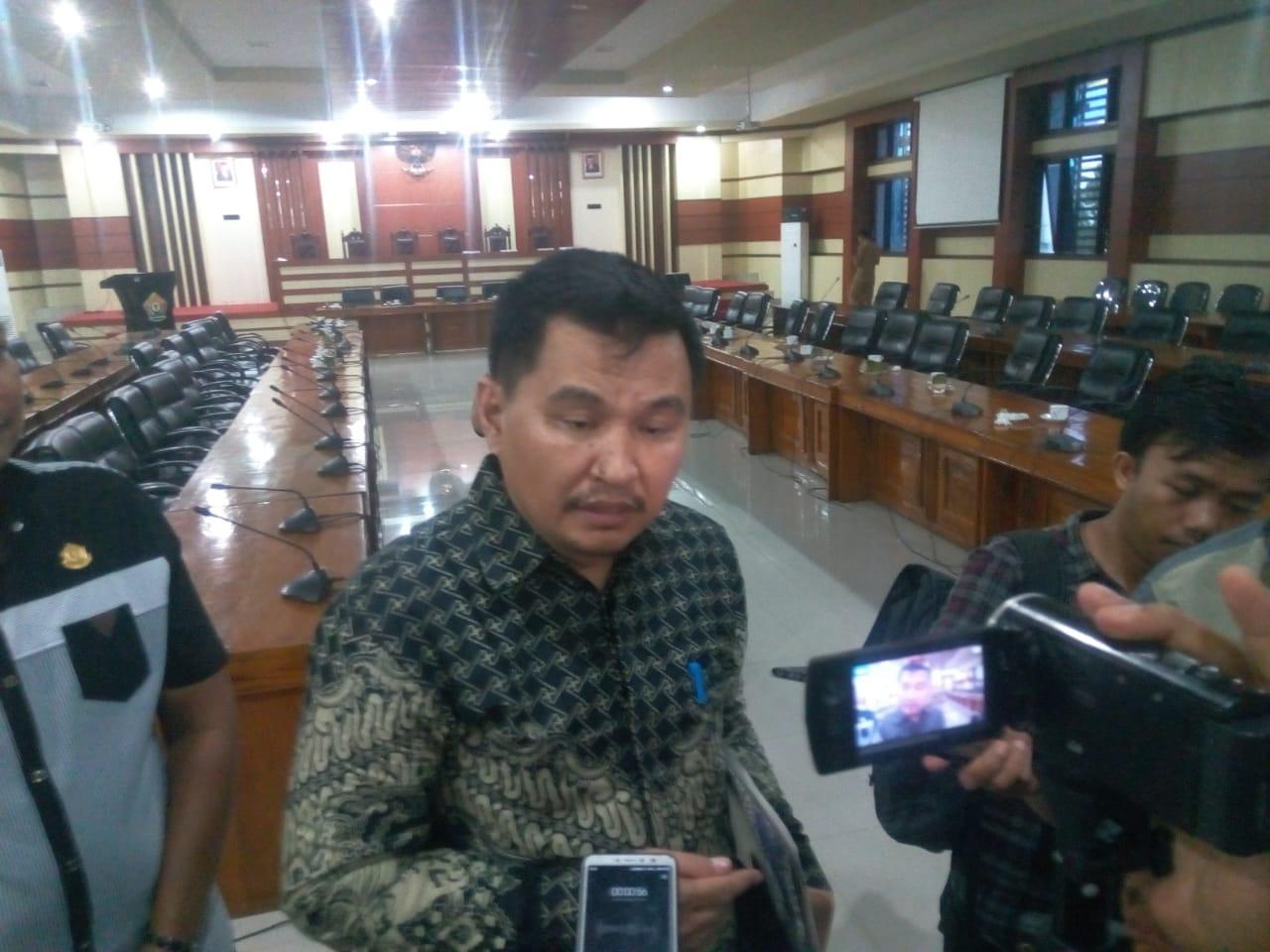DPRD Sultra Tolak Penghapusan Tenaga Honorer