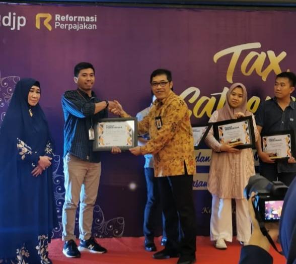 Taat Pajak, PT VDNI Kembali Diganjar Penghargaan Oleh KPP Pratama Kendari