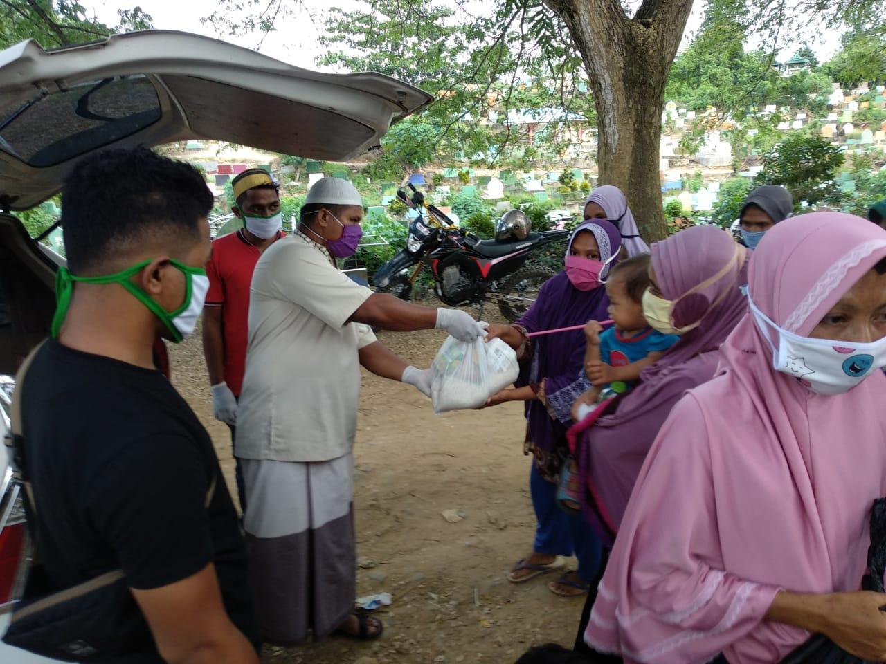 Berbagi Meringankan Beban Masyarakat di Masa Pandemi Covid-19