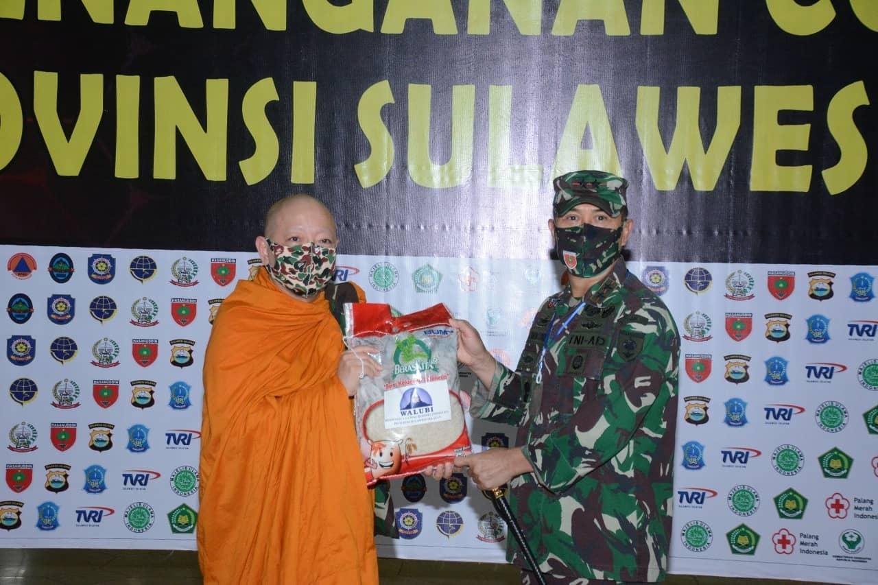 Walubi Sulsel Serahkan Bantuan ke Kodam XIV/Hasanuddin Untuk Dibagikan ke Masyarakat