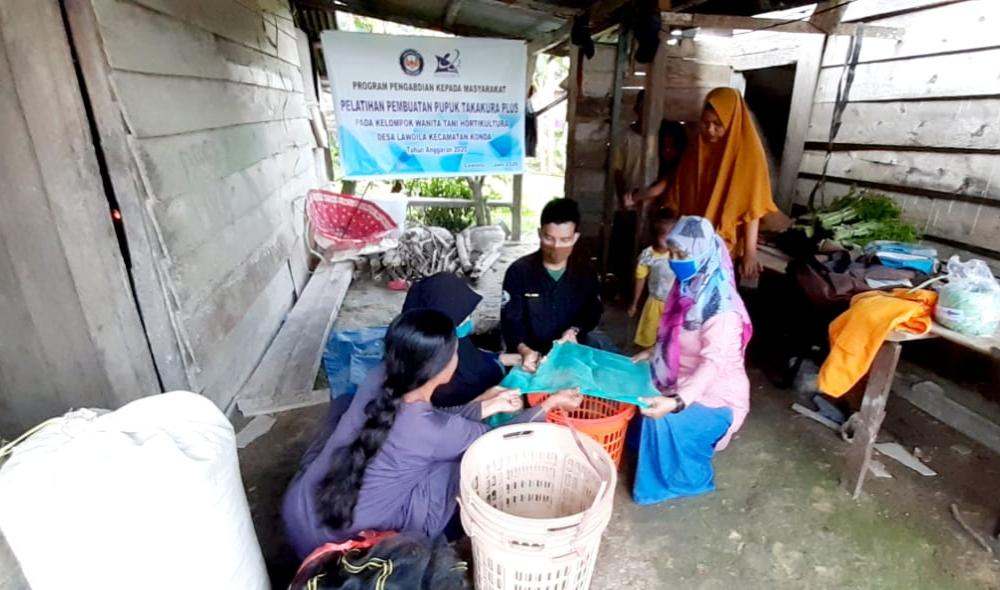 Tiga Dosen UHO Berdayakan Kelompok Tani Wanita di Konda