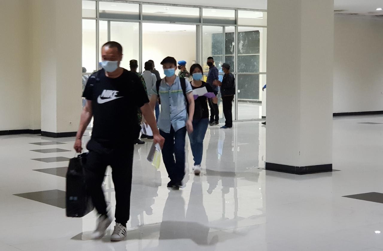 Tiba di Bandara HLO, TKA China Gunakan Visa 312