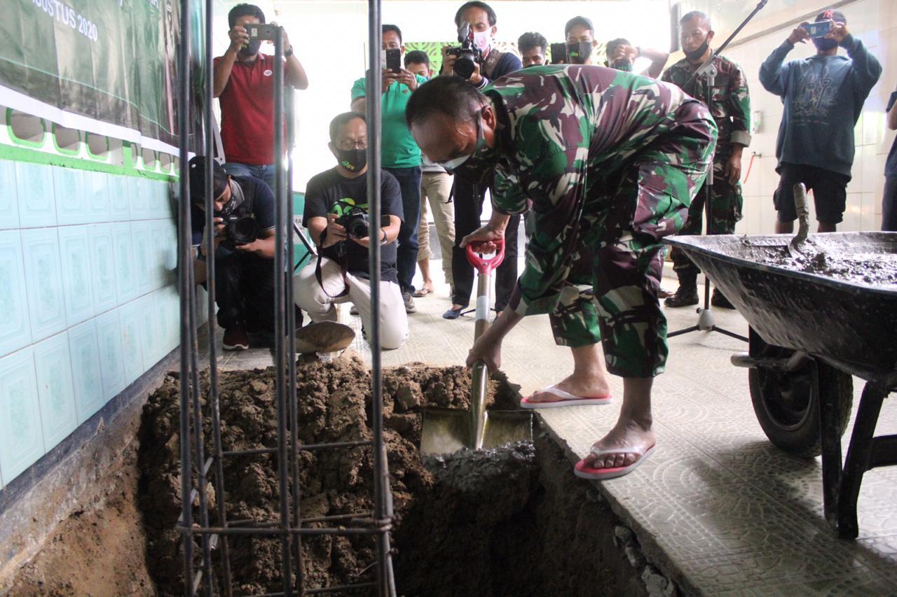 Pangdam Hasanuddin Bantu Pembangunan Masjid di Kendari