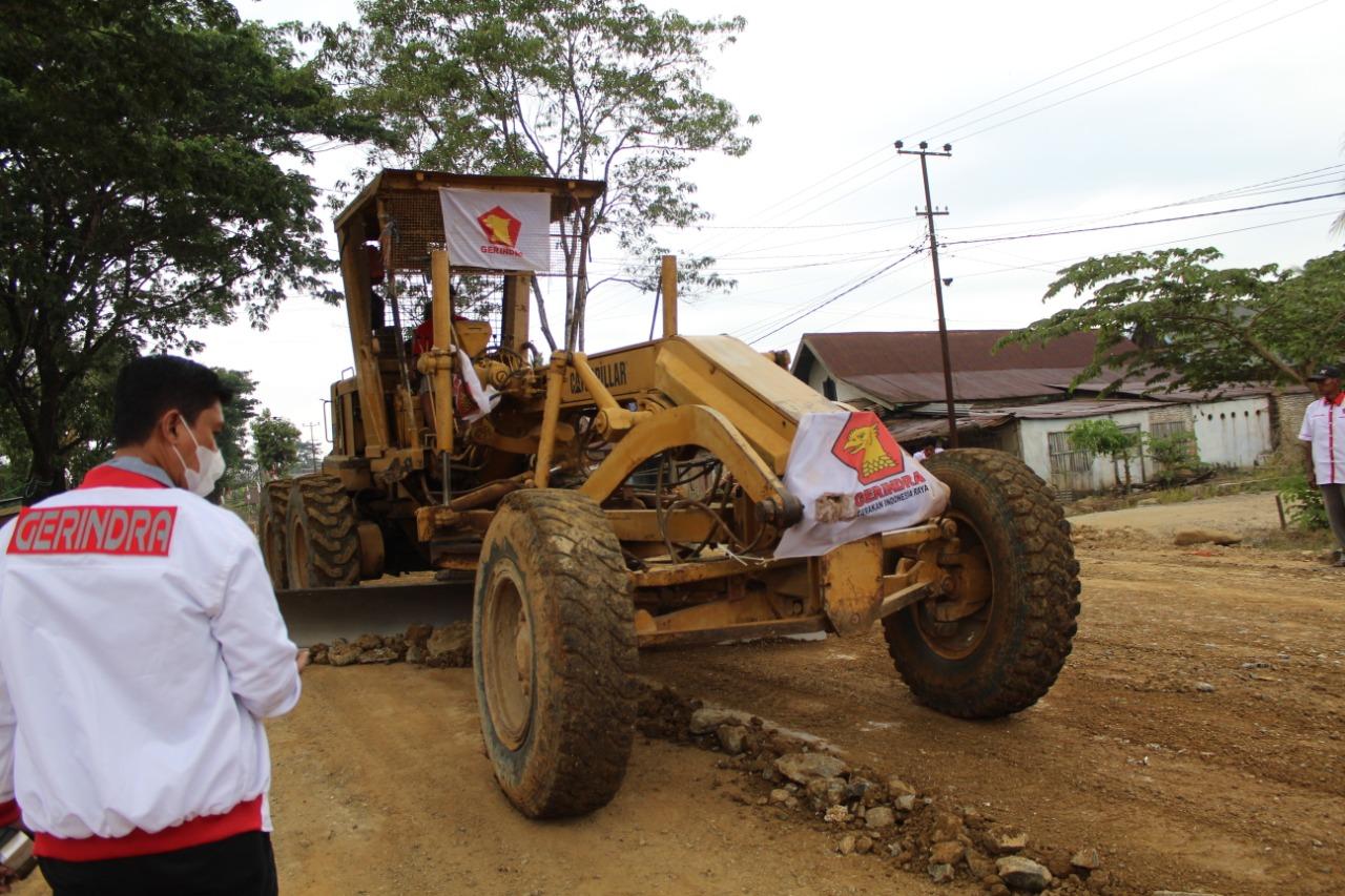 Jalan Diperbaiki, Warga Koltim Apresiasi Program Partai Gerindra