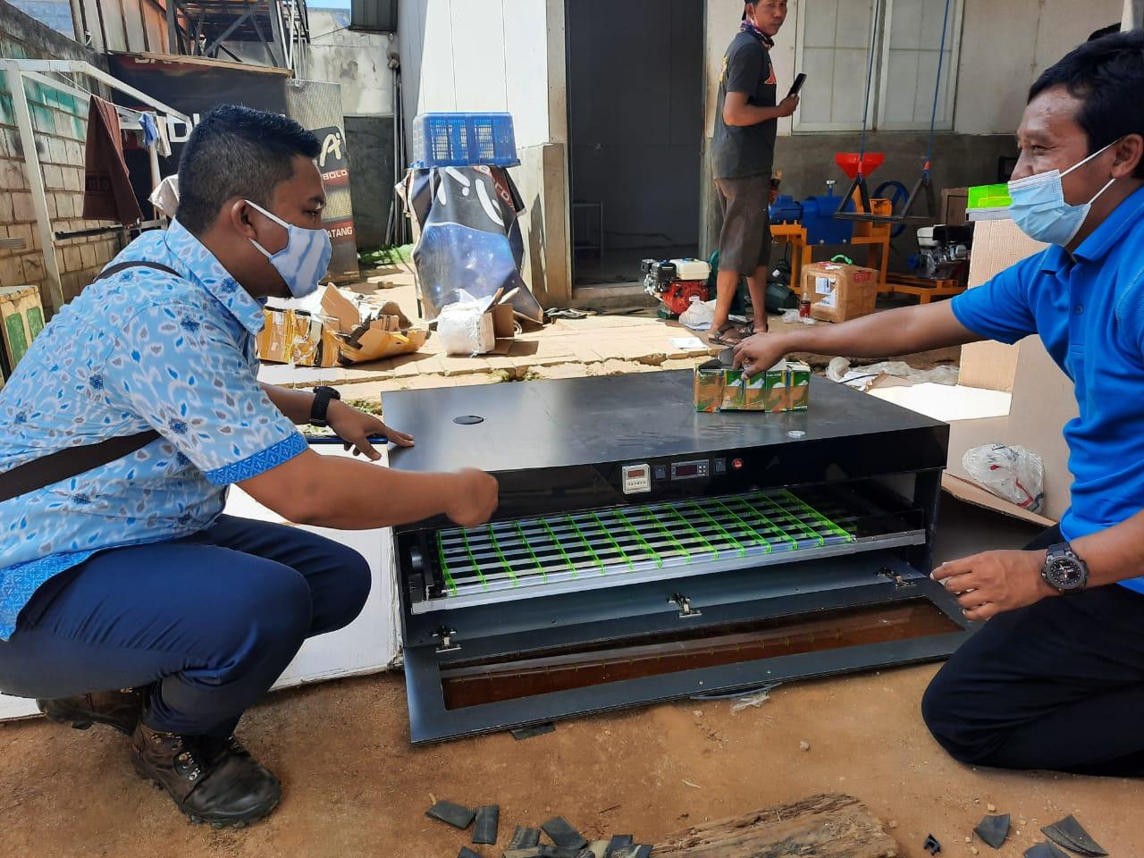 Kemenristek dan UHO Kerja Sama Kembangkan Pakan Ikan dan Penetas Telur