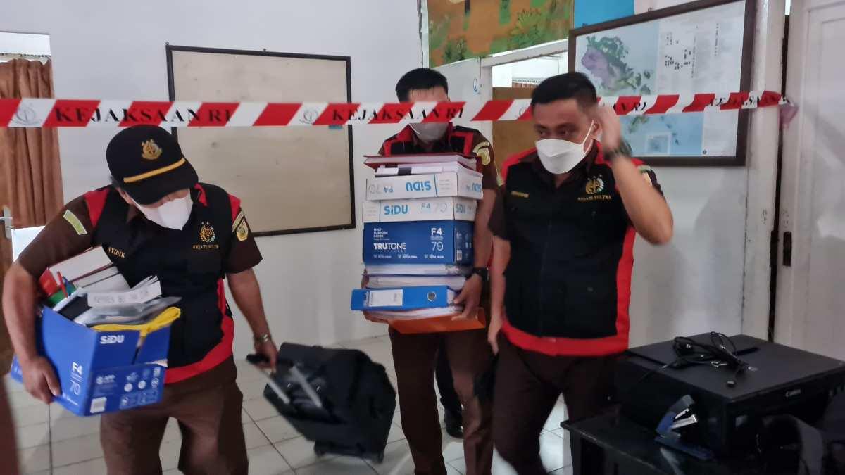 Terkait Izin Tambang, Kejaksaan Geledah Kantor ESDM Sultra