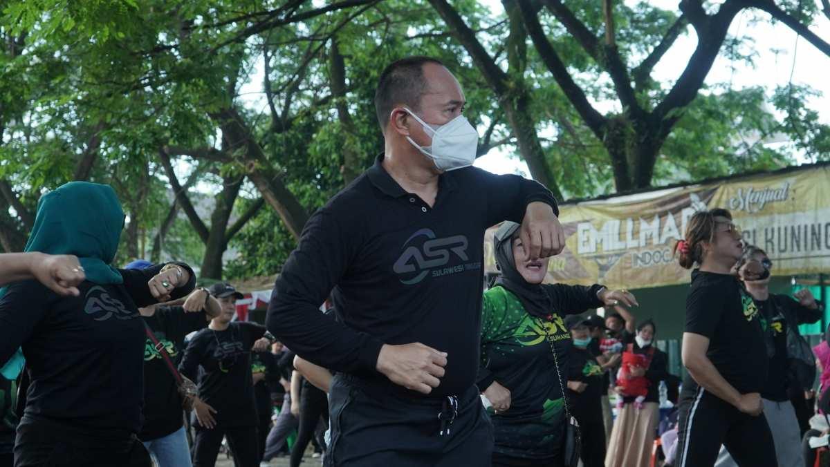 ASR Olahraga Pagi di Kendari, Masyarakat Antusias Ikut dan Foto Selfi Bersama ASR